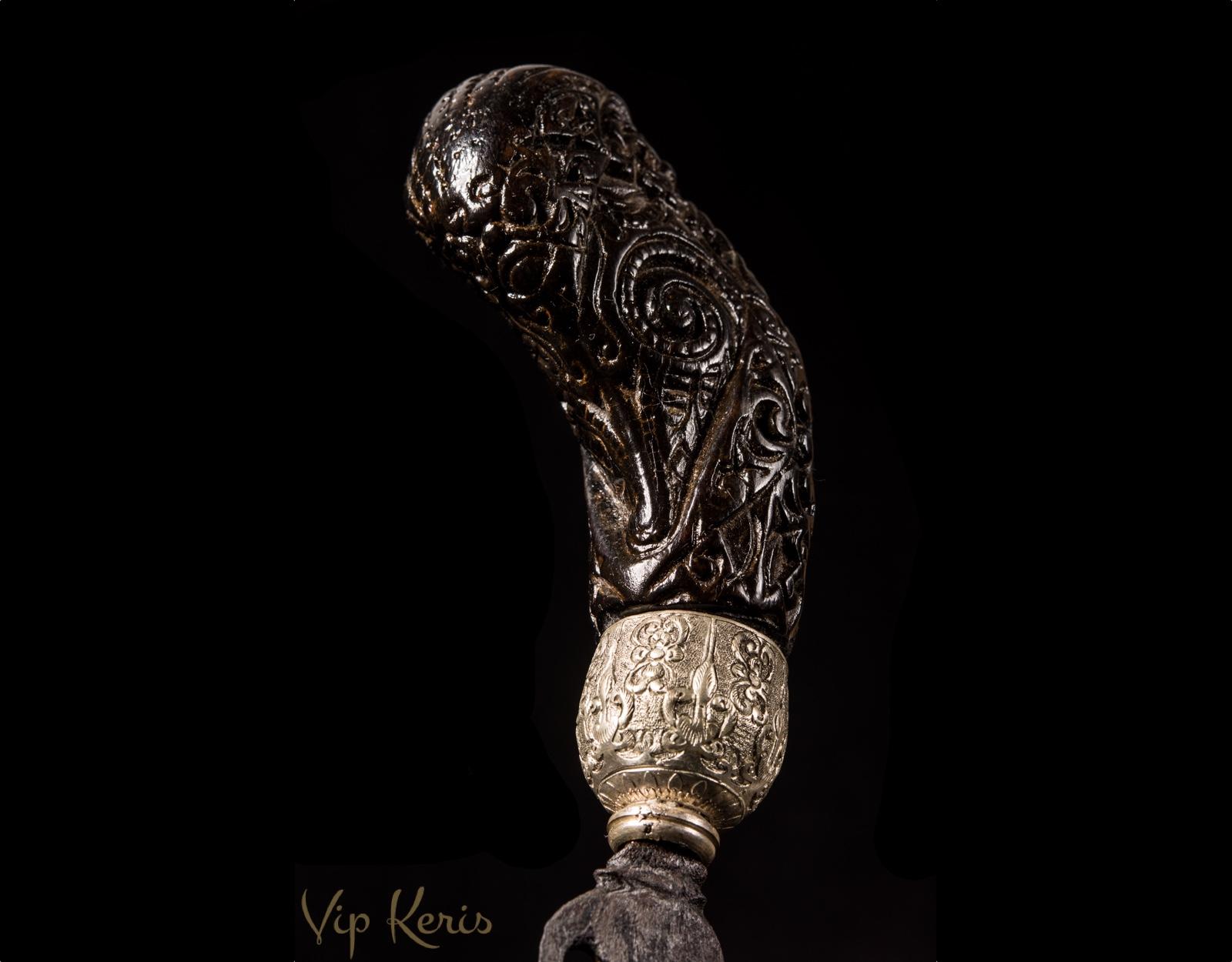 Артефакт из священного металла Kudi Ciung фото VipKeris