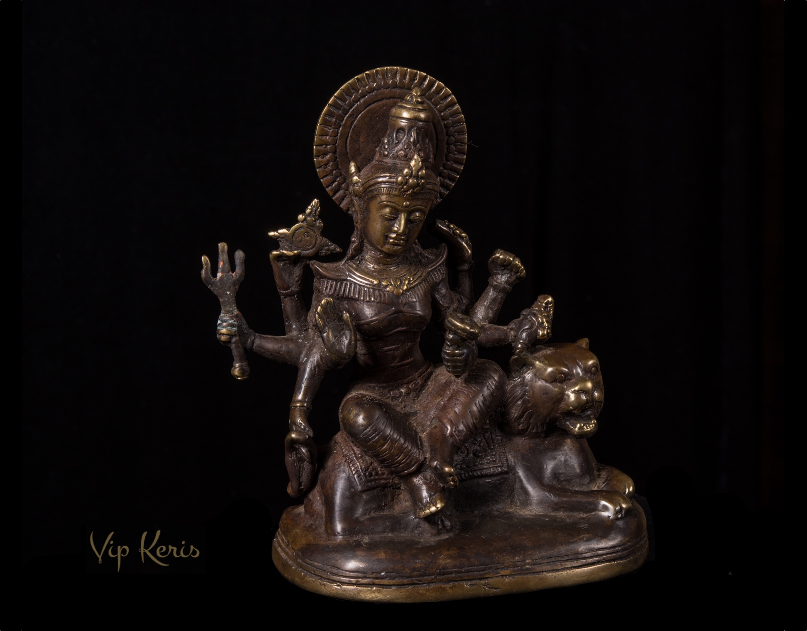 Бронзовая статуя божества Дурга Деви Чандрагханта фото VipKeris