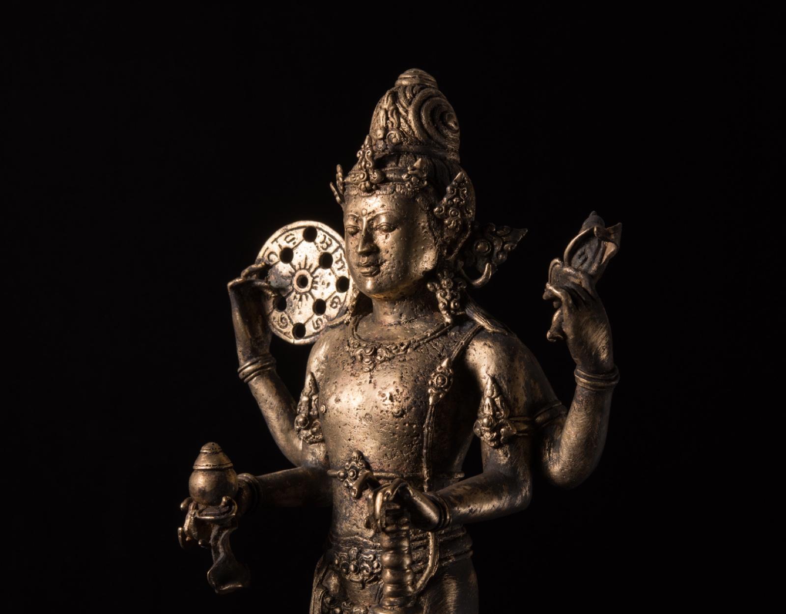 Бронзовая статуэтка Вишну фото VipKeris