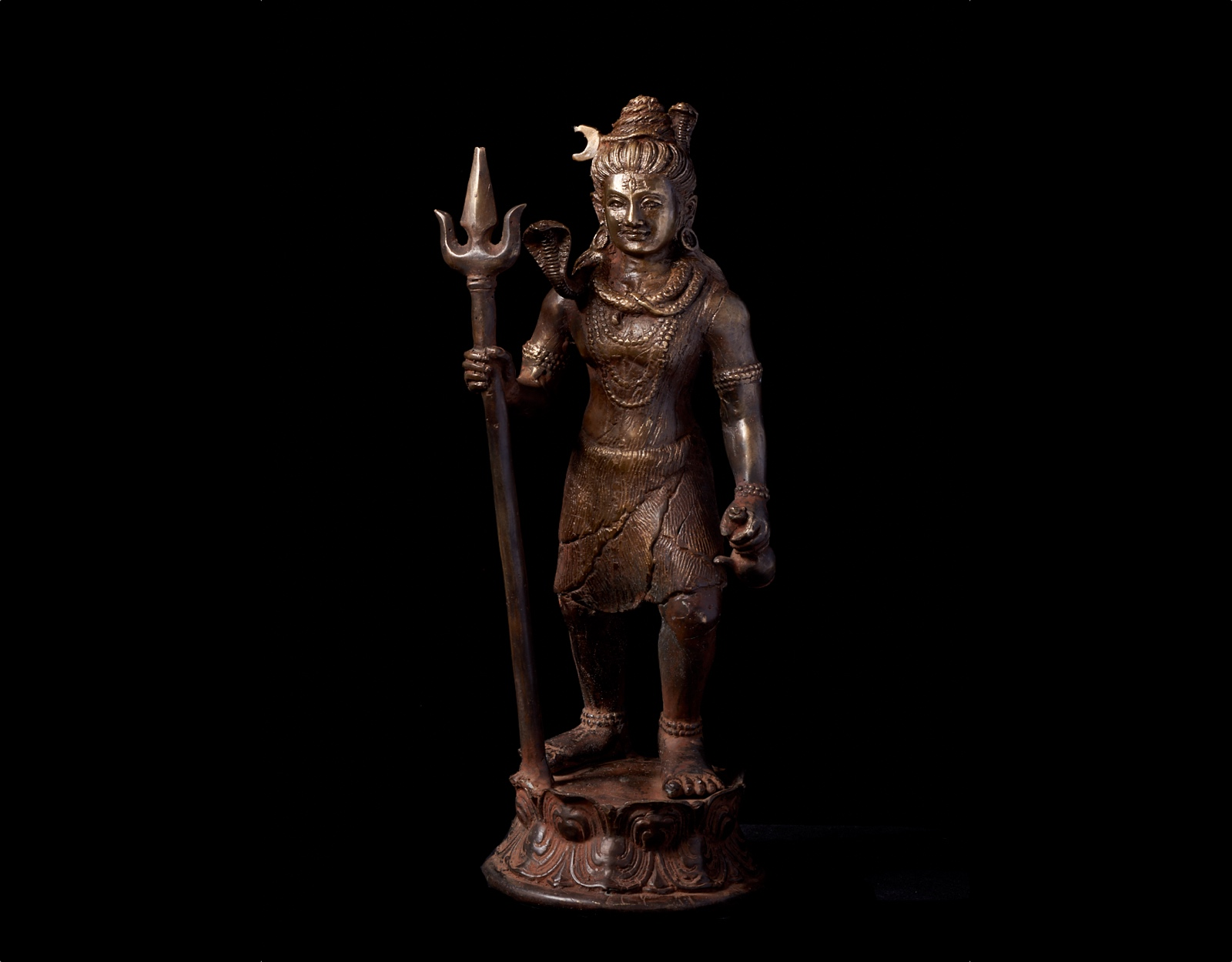 Бронзовая статуя Шива с трезубцем. 24см. фото VipKeris