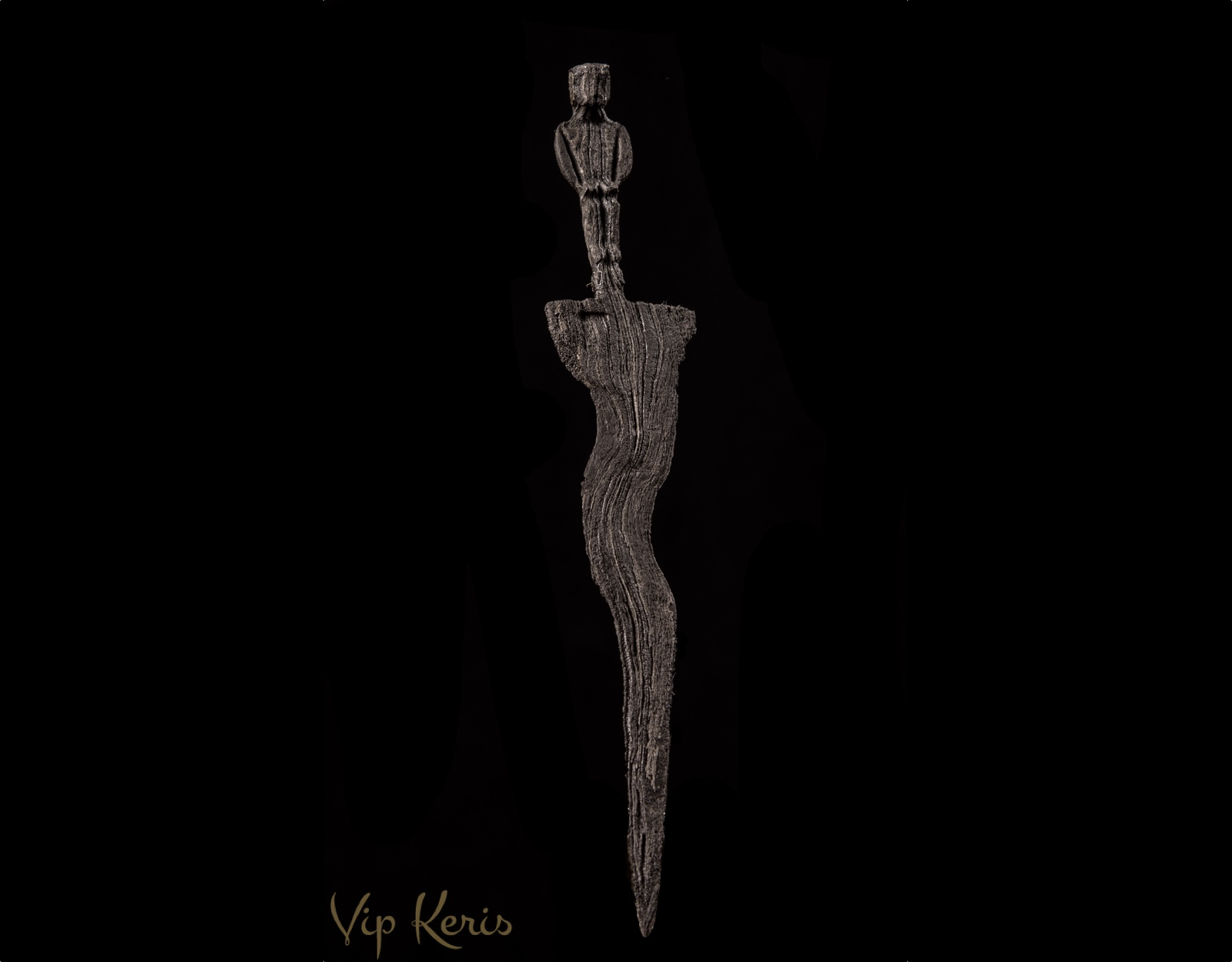 Нож Крис Sajen с тремя изгибами. фото VipKeris