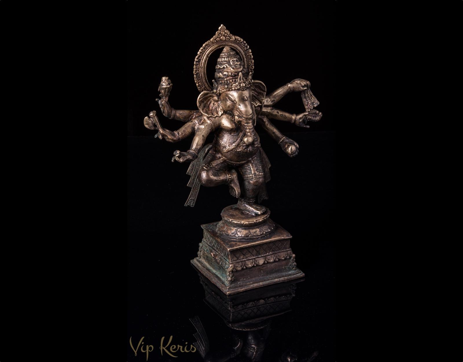 Старинная бронзовая статуя Ганеша фото VipKeris