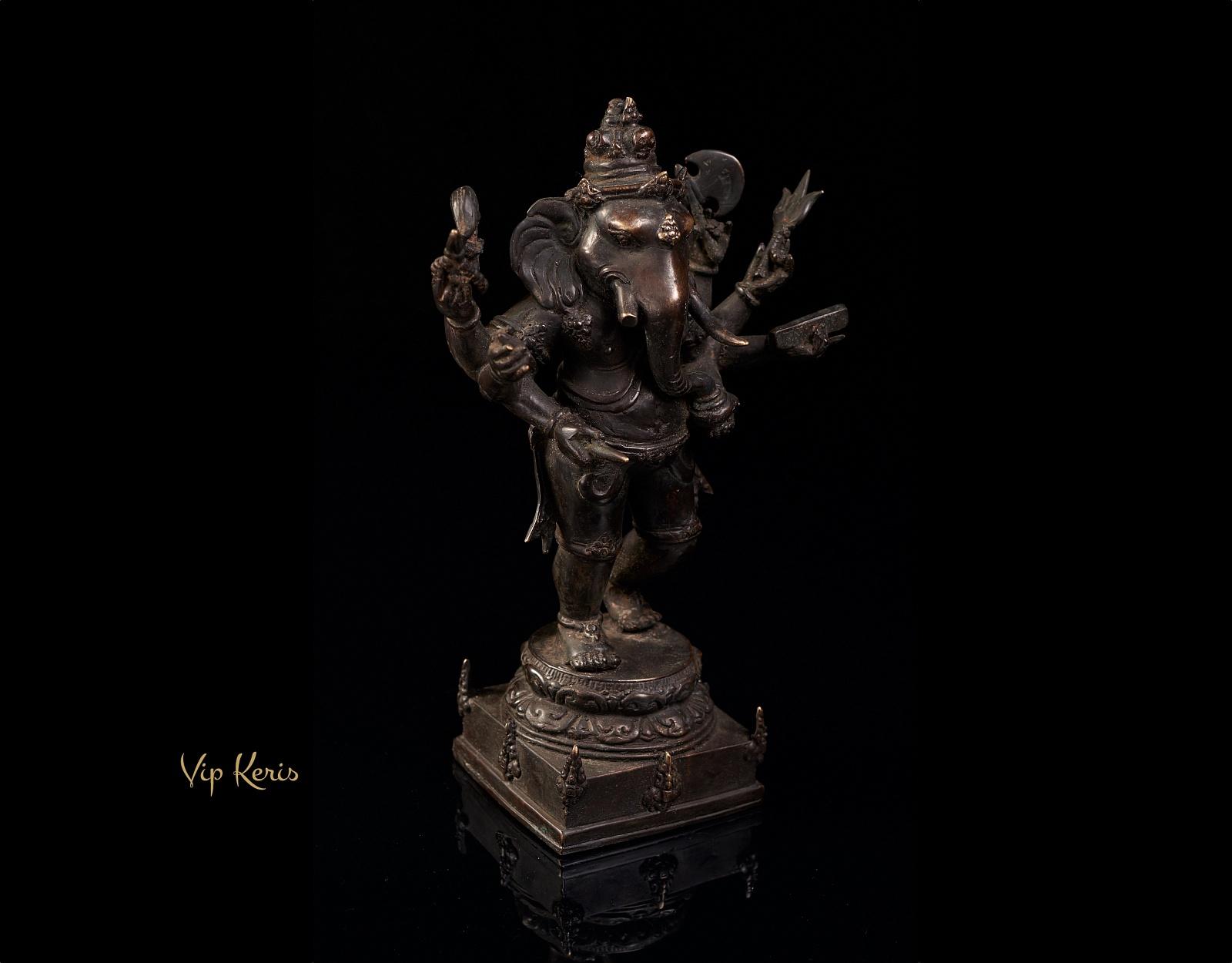 Старинная бронзовая статуя воинственного Ганеша, 30см фото VipKeris
