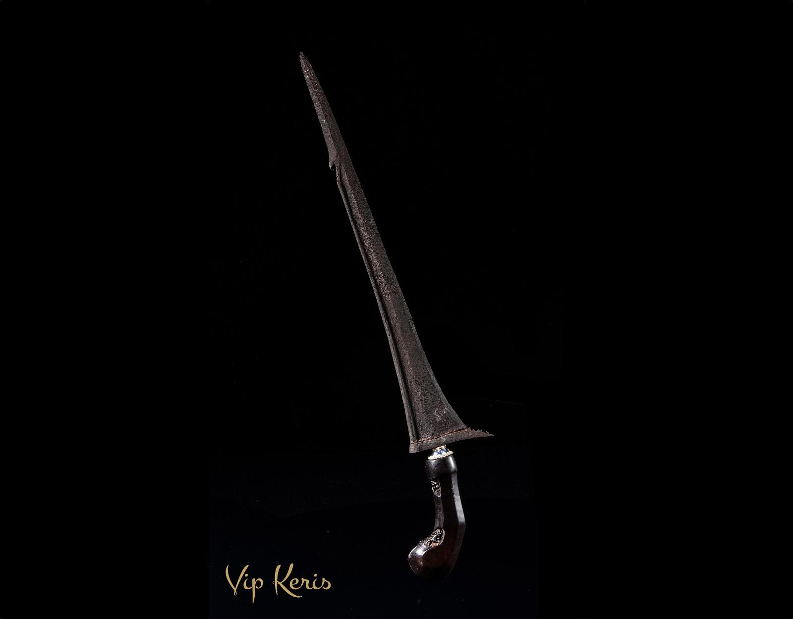 Крис Kebo Kantong, гильдия двергов фото VipKeris