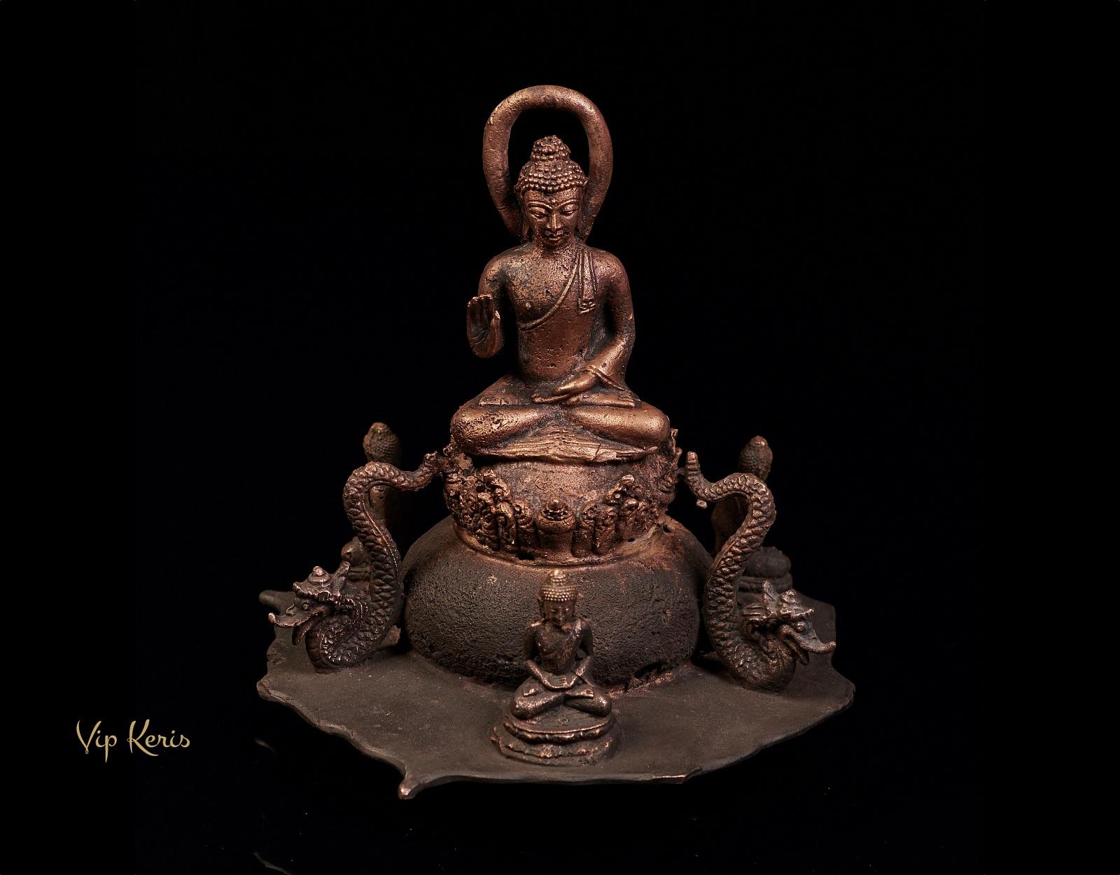Старинная статуя Будды в окружении Нагов и монахов, 22см фото VipKeris