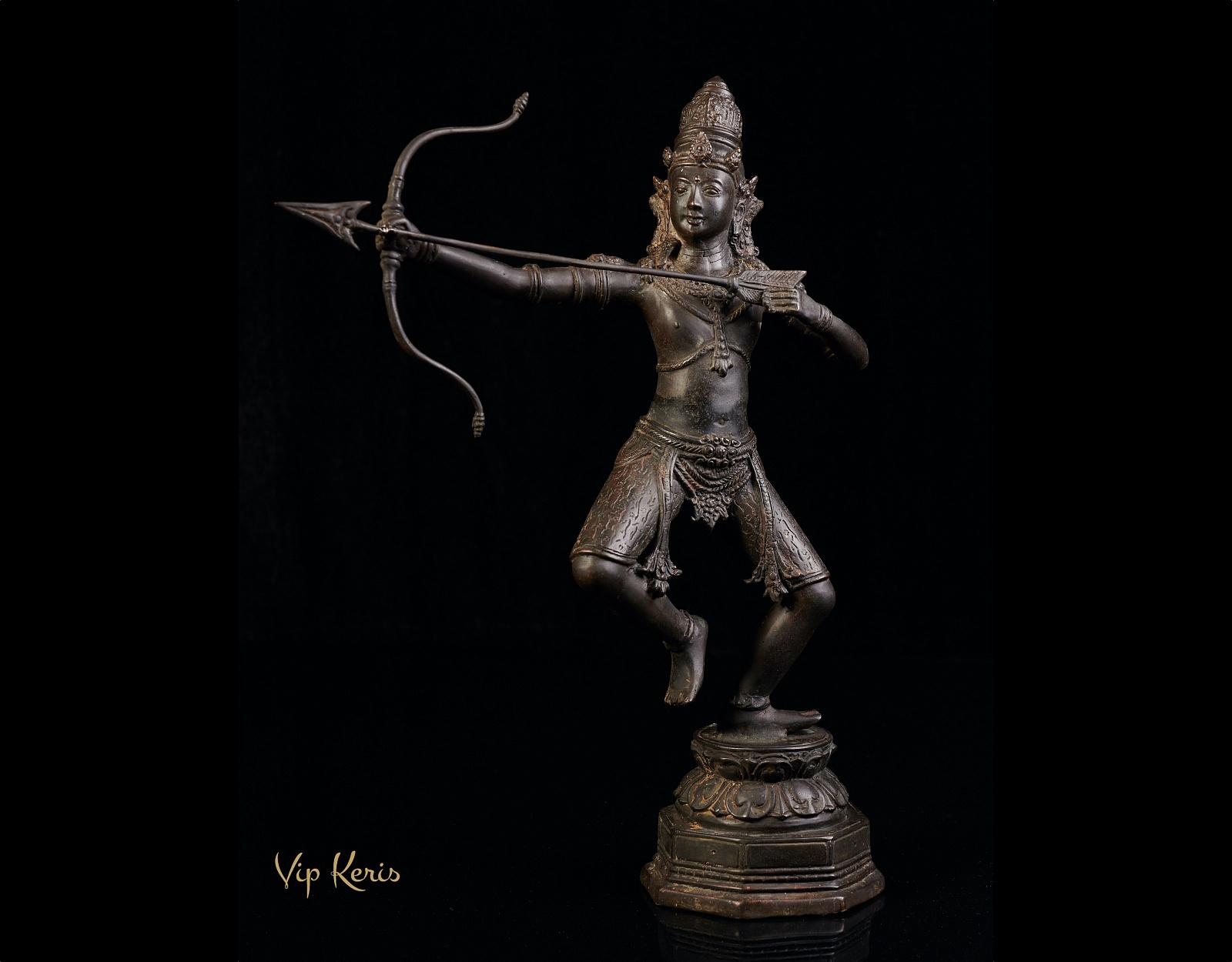 Алтарная статуя бога Рама фото VipKeris