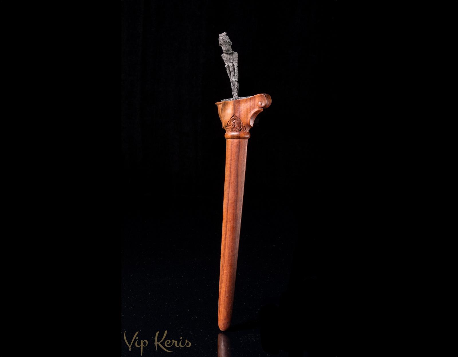 Нож Крис Sajen, работа с благосостоянием. фото VipKeris