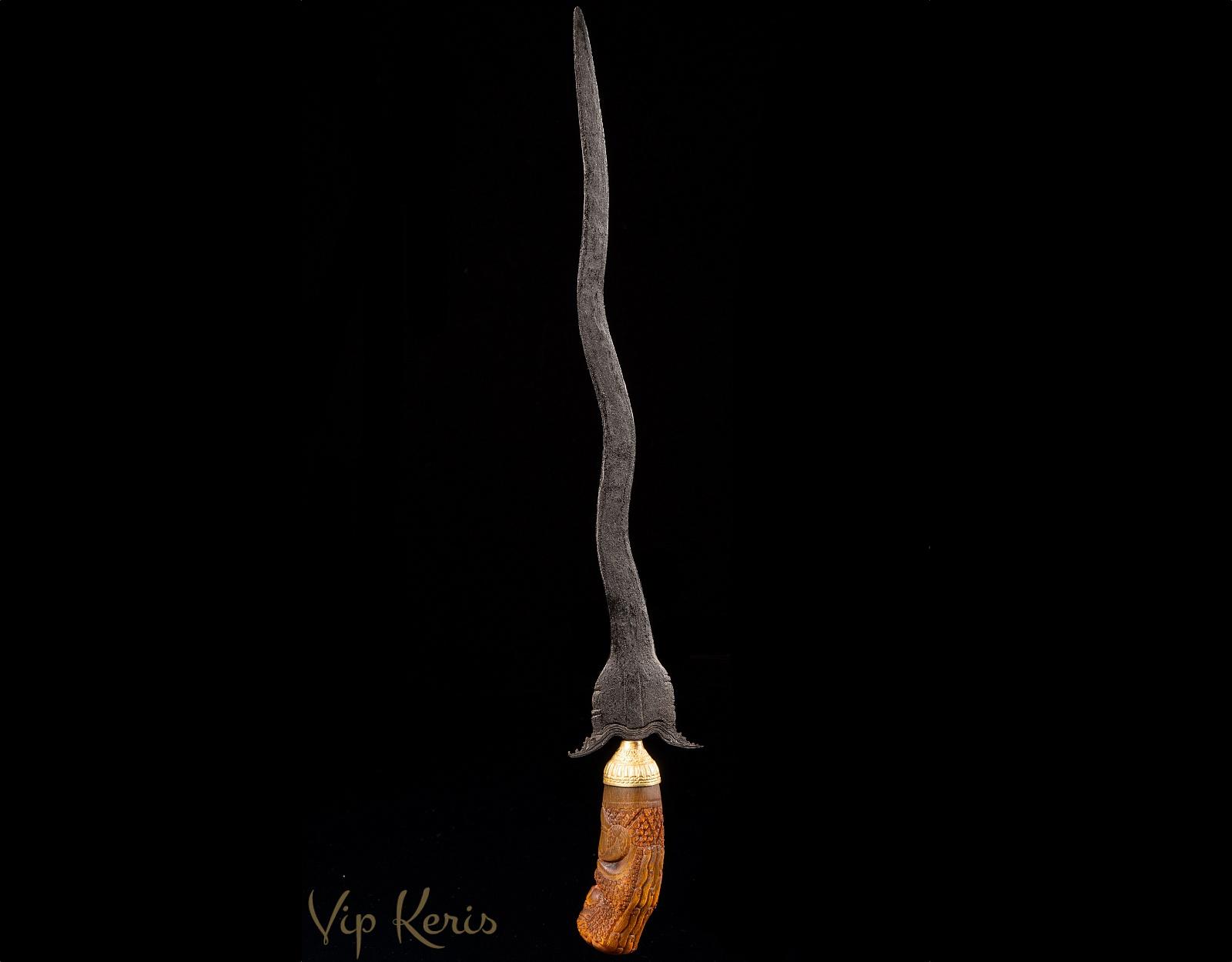 Yuyu Rumpung, волшебник, работа с стией Жизнь фото VipKeris