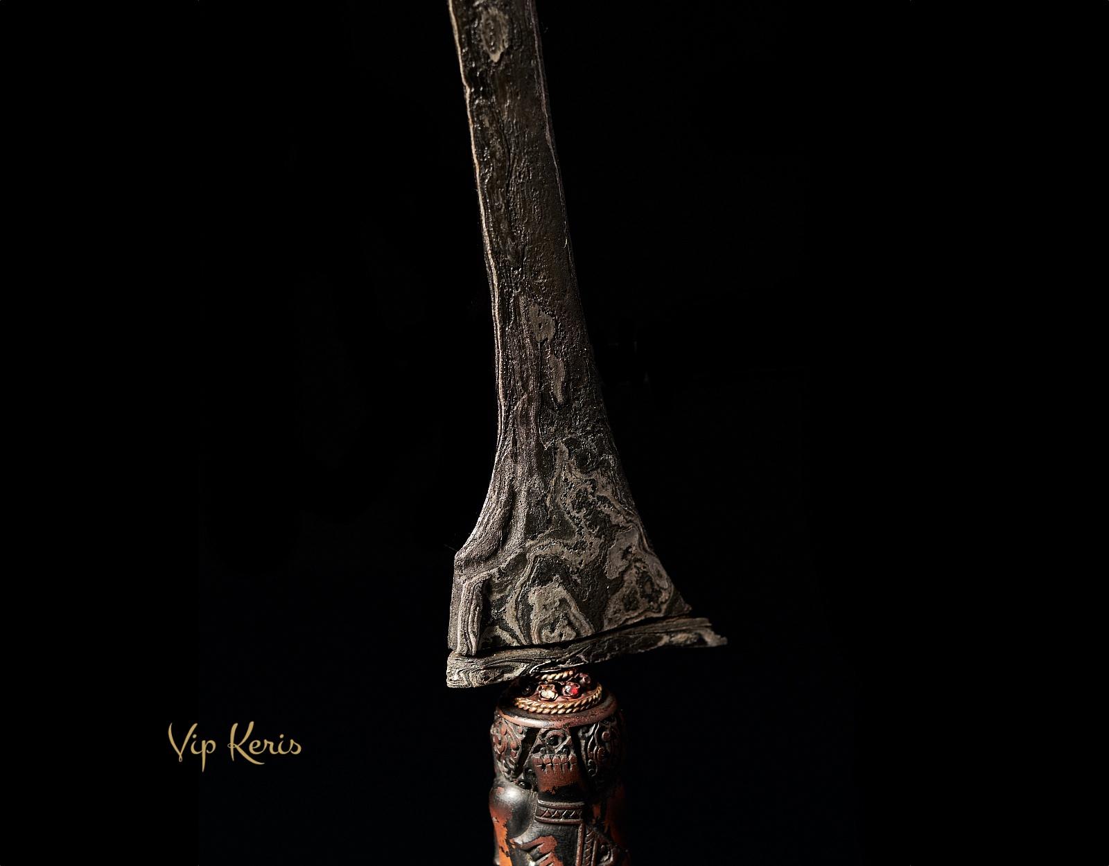 Суматранский Крис Tilam Upih, Наставник фото VipKeris