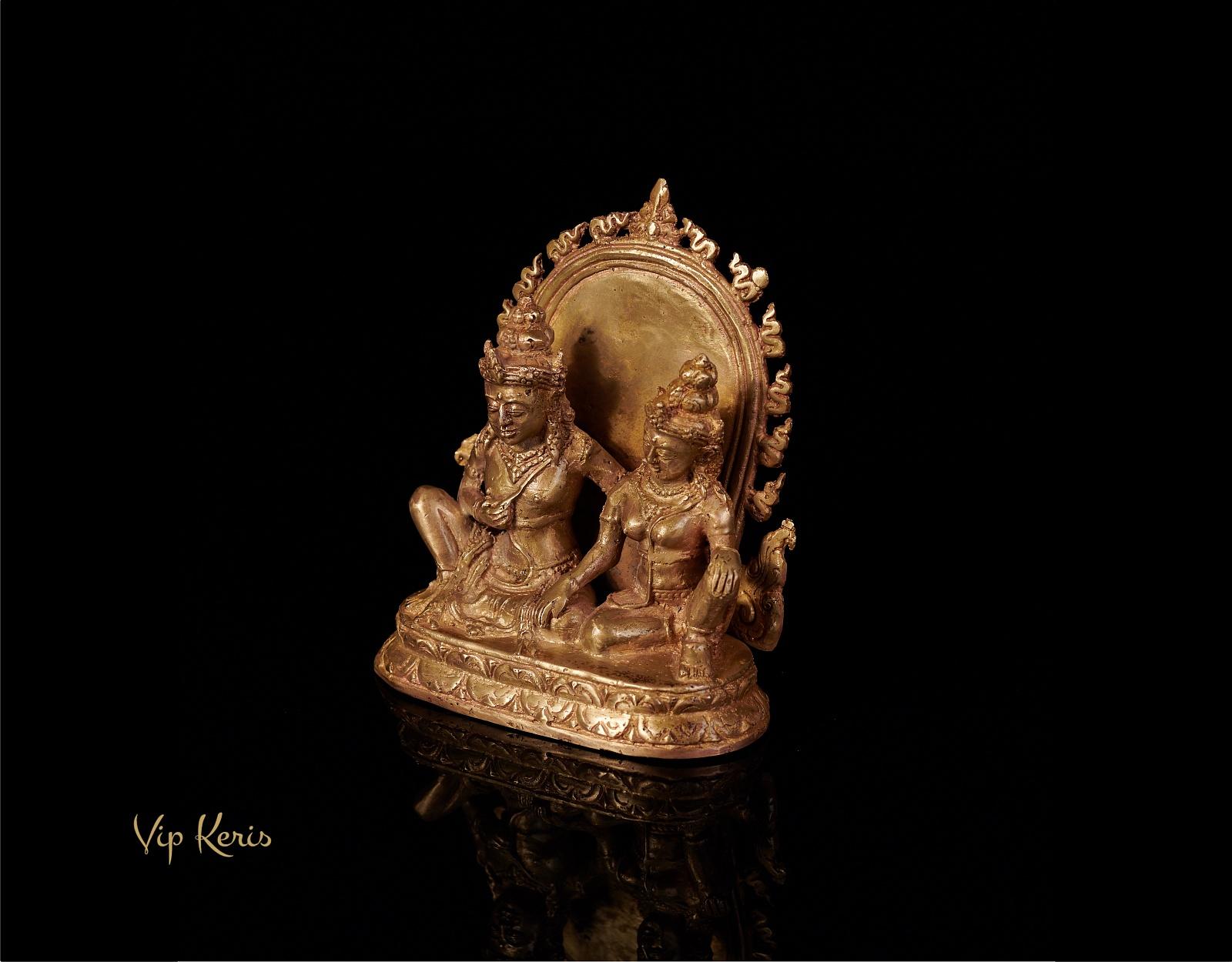 Алтарная бронзовая статуя Рама и Сита. фото VipKeris